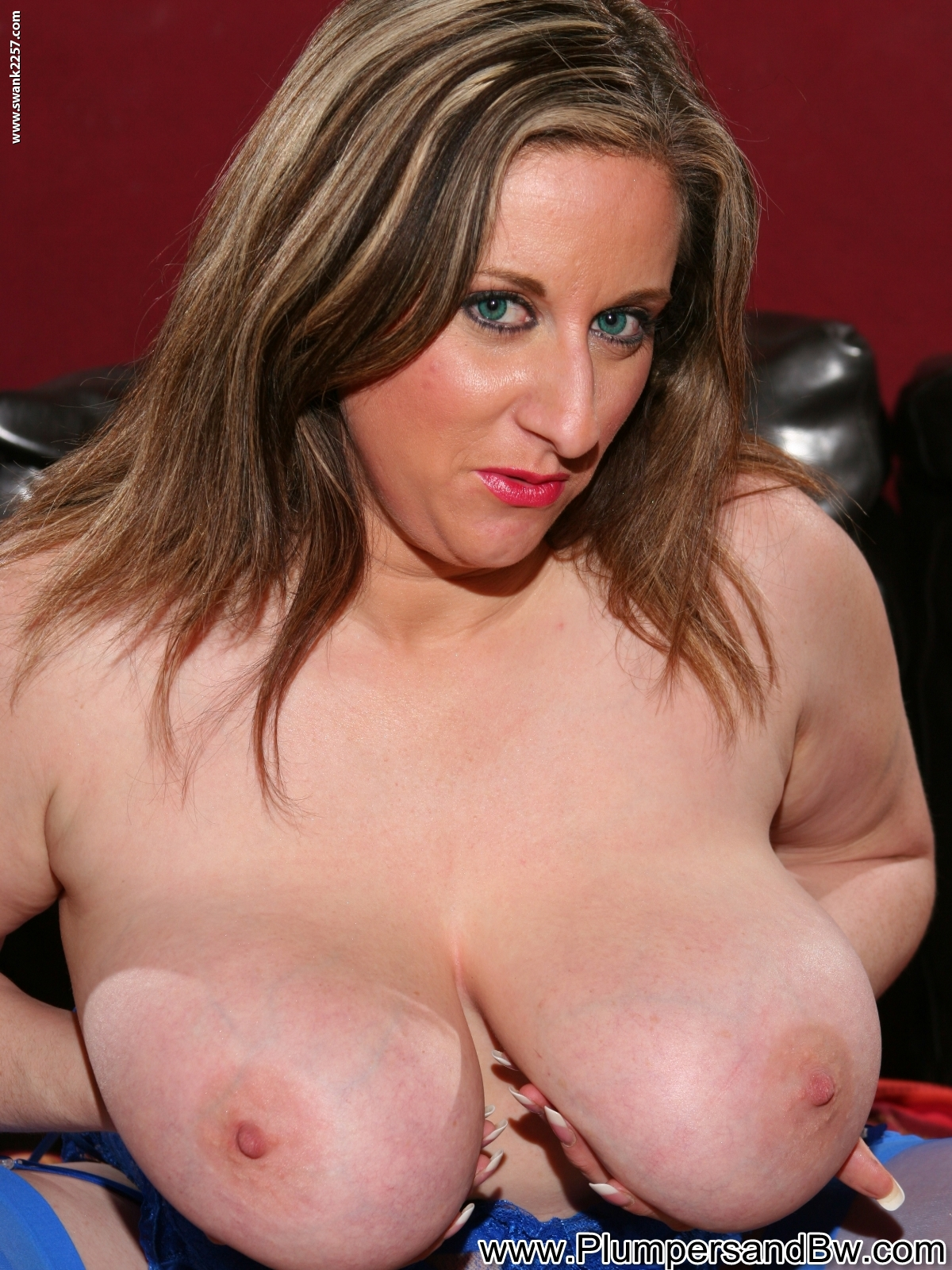 Busty milf kitty lee fucks obama look a like guy disilva - 3 part 2